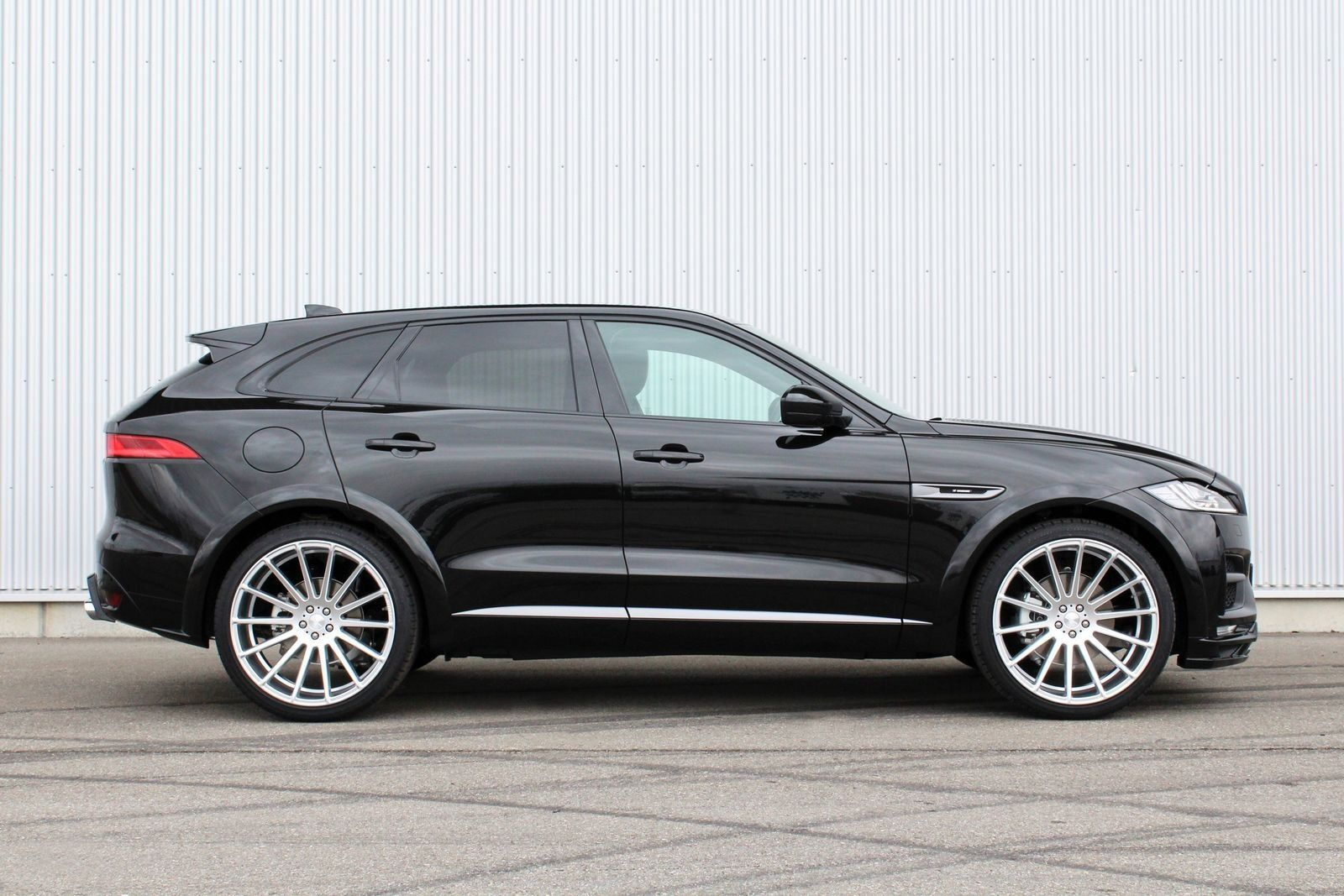 All Black Sinister Jaguar F Pace Gets Custom Parts Black Jaguar Car Jaguar Fpace Jaguar Car