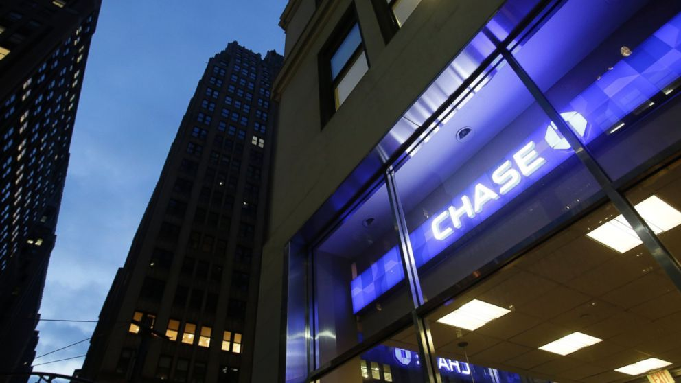 JPMorgan Chase & Co. said its second-quarter profits rose by 13 percent from a year earlier, as the nation's largest bank by assets benefited from rising interest rates and more fee income from investment banking.  JPMorgan said Friday that it earned a profit of $7.03 billion, or... - #Earnings, #Helped, #Higher, #JPMorgans, #Jump, #Percent, #TopStories