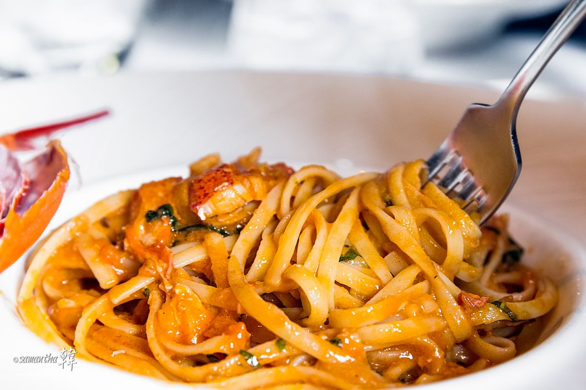 James martins decadent homemade linguine with lobster sauce recipes james martins decadent homemade linguine with lobster sauce recipes yes two recipes and bbc food saystry james martins decadent lobster dish with forumfinder Gallery