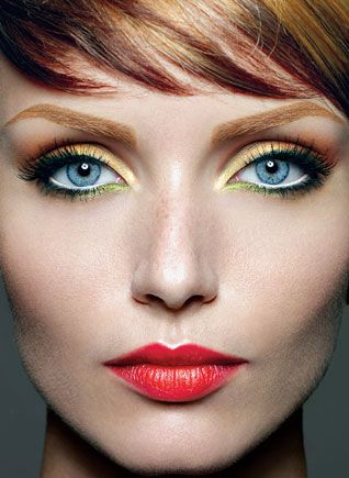 Cristiana_Grasu_yellow green