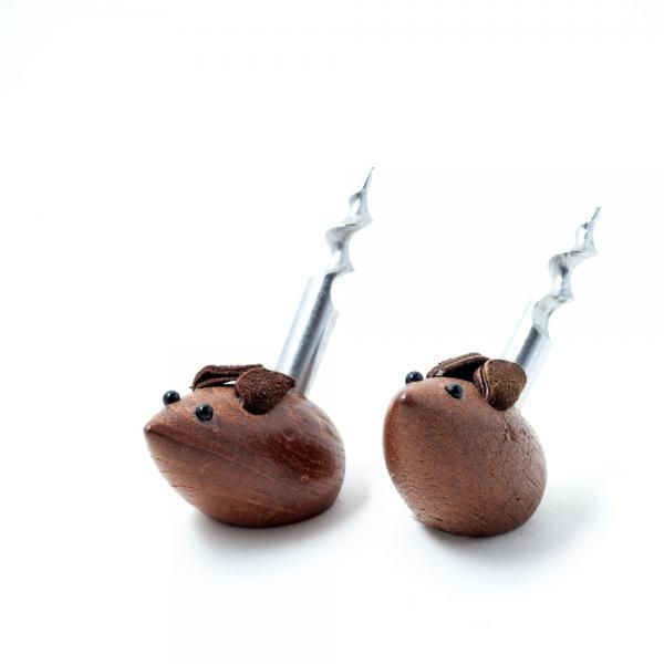 USA c. 1970s. Carved mice cork screws. Sold Individually. Excellent vintage condition. Dimension(mm): W40-D55-H60