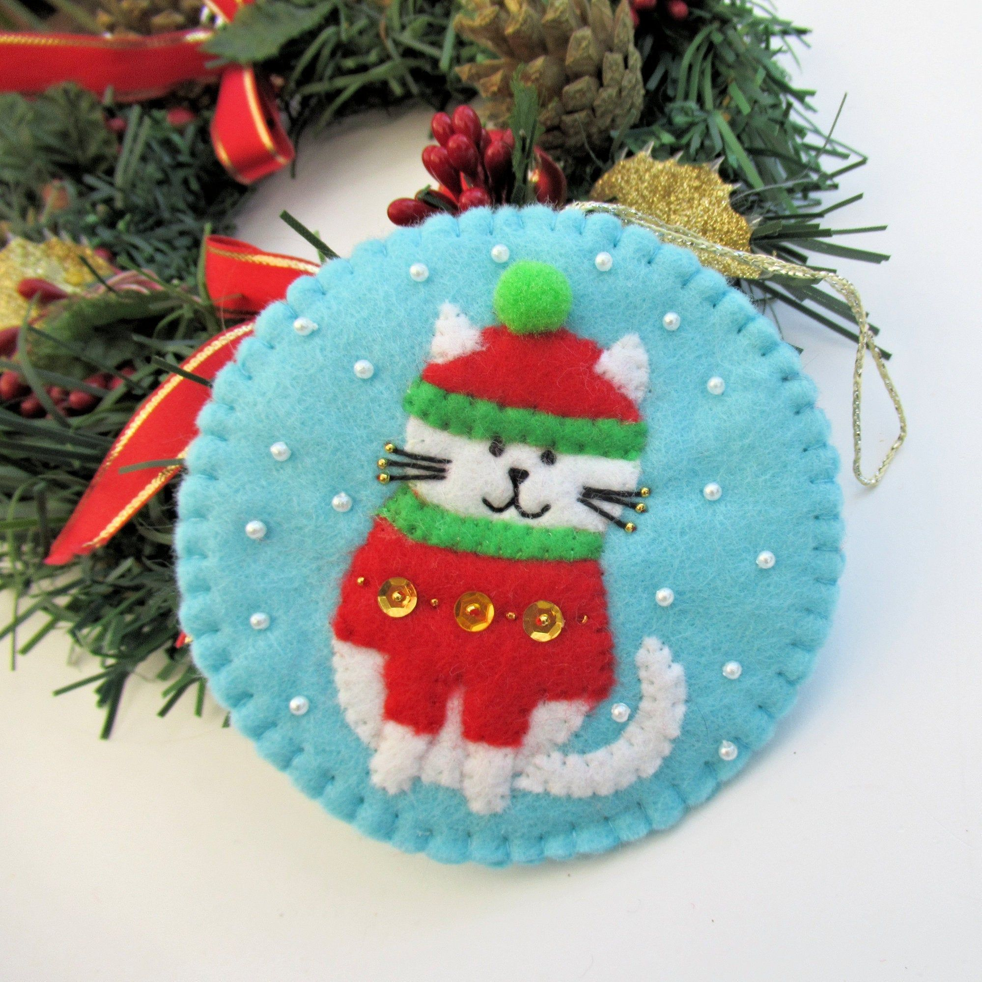 Cat Christmas Tree Felt Ornament Decoration Cat In Jumper And Etsy Felt Ornaments Felt Christmas Ornaments Diy Christmas Tree Ornaments