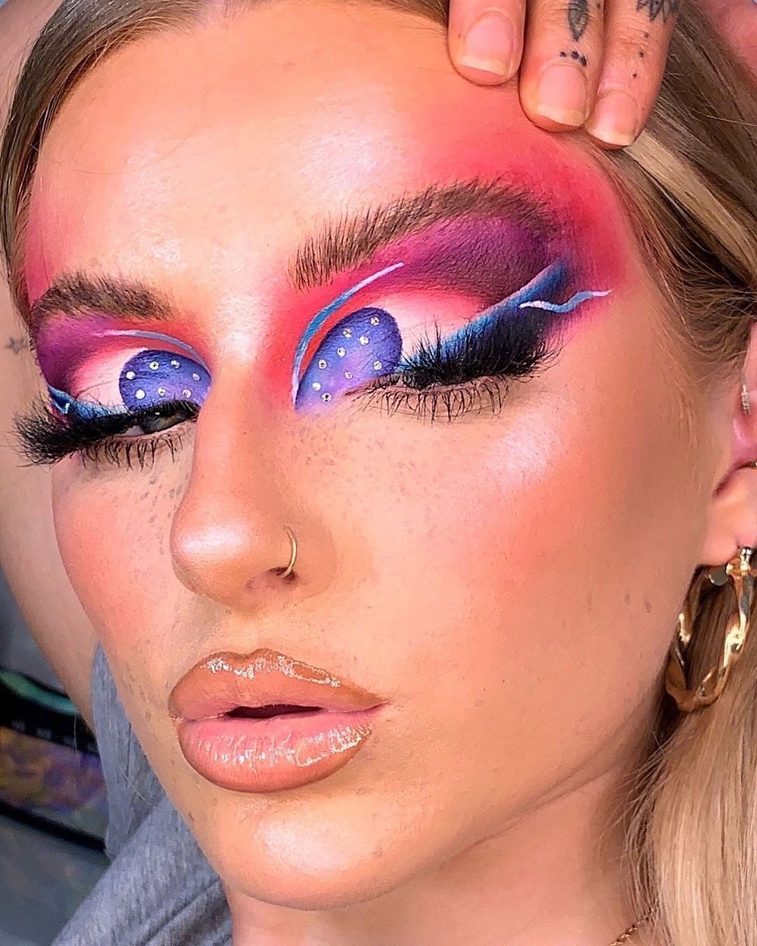 Pin On Artsy Makeup