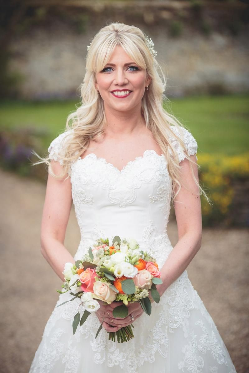 The beautiful bride #BijouRealWedding #NotleyAbbey
