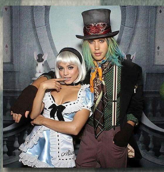 Alice in the Wonderland #halloween costume #vanessa hudgens