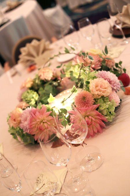 秋の装花 ホテルニューオータニ様へ 結婚式のテーブルの設定 秋