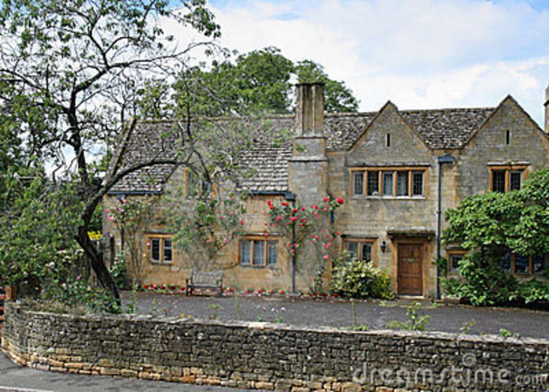 Traditional Stone Medieval English Village House Stock Photo Image 5671790 Village Houses English Village English Cottage Garden