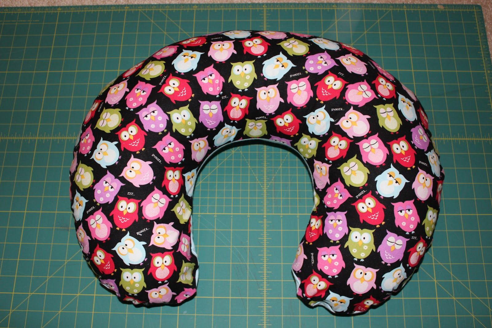 Boppy Pillow Cover Tutorial best tutorial out there