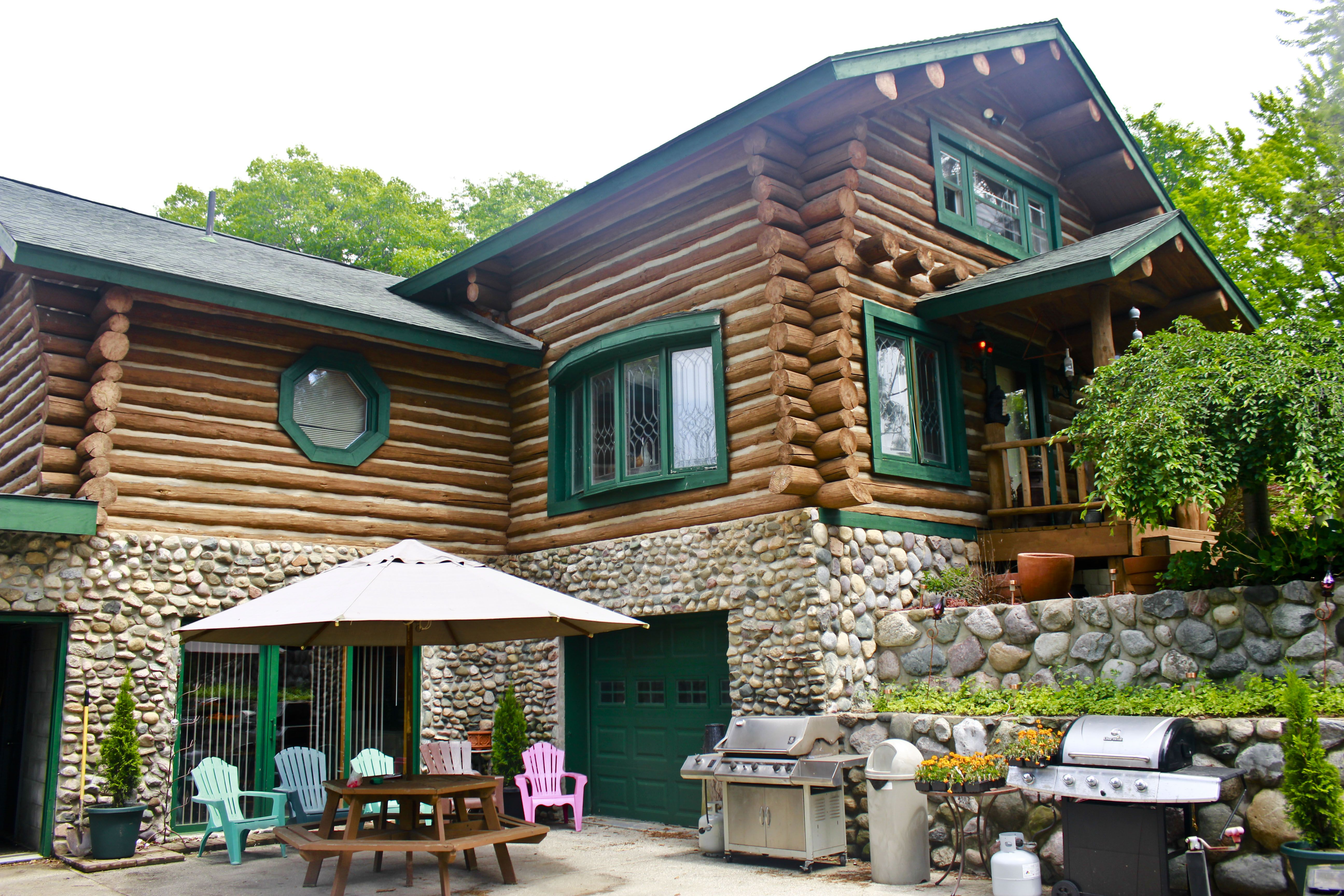 cabins and luxury michigan awesome rentals cabin home callwallpaper vacation of