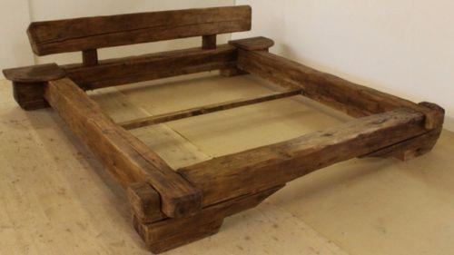 Balkenbett bett rustikal altholz eiche balkenbett for Bett rustikal