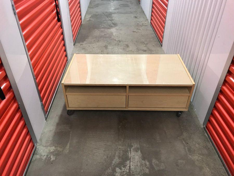 Beige wooden center table in Fife - letgo