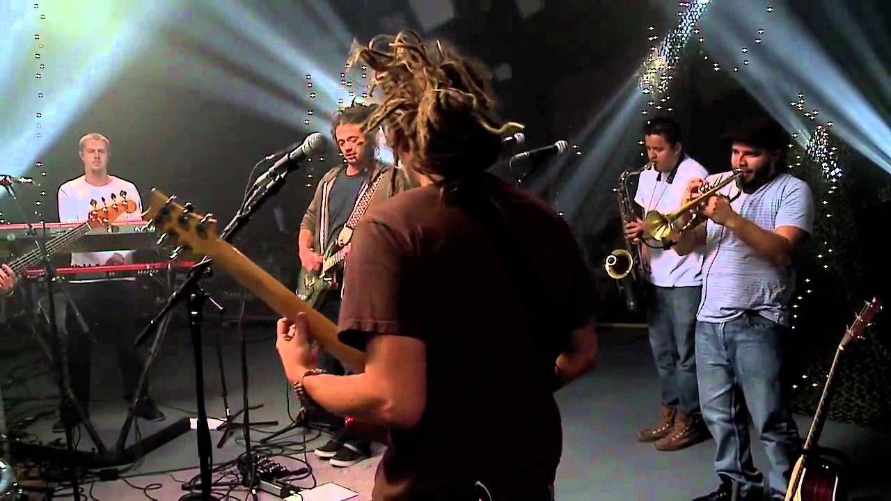 SOJA - Not Done Yet (Live) (+playlist)