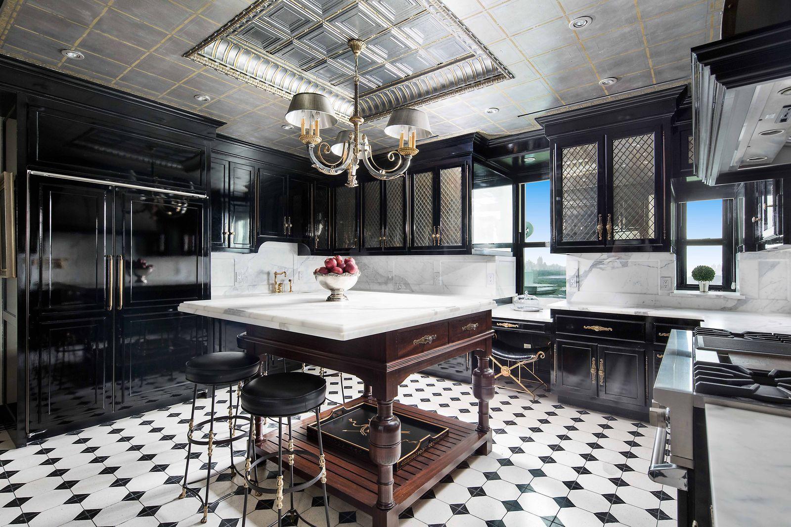 Take A Look Inside Tommy Hilfiger S Plaza Penthouse Manhattan