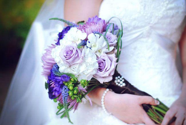 Purple and white rose bouquet {Jessica Ormond Events - Houston-area Florists}