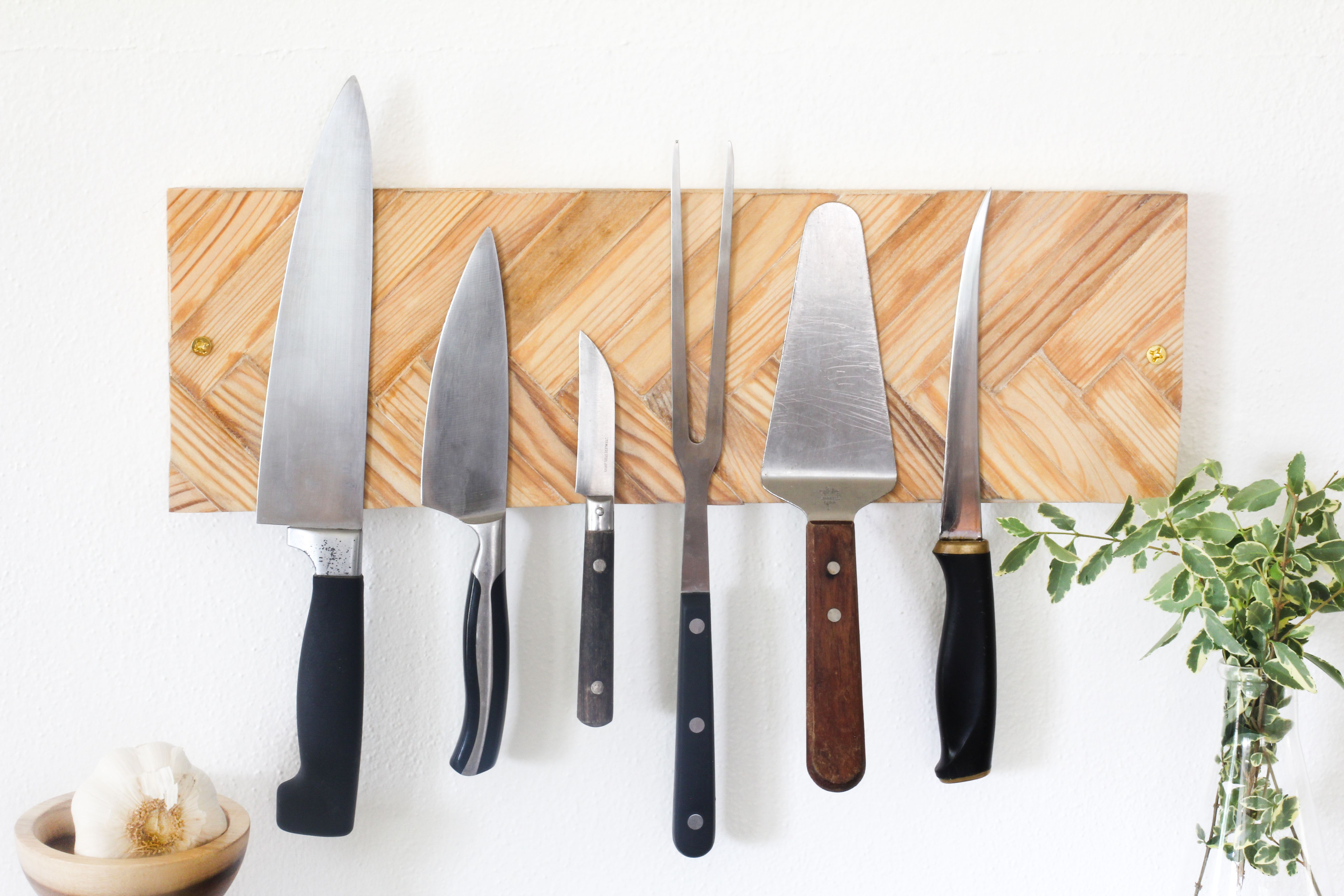 Wall Mounted Knife Rack Tutorial Using Paint Stirrers Paint