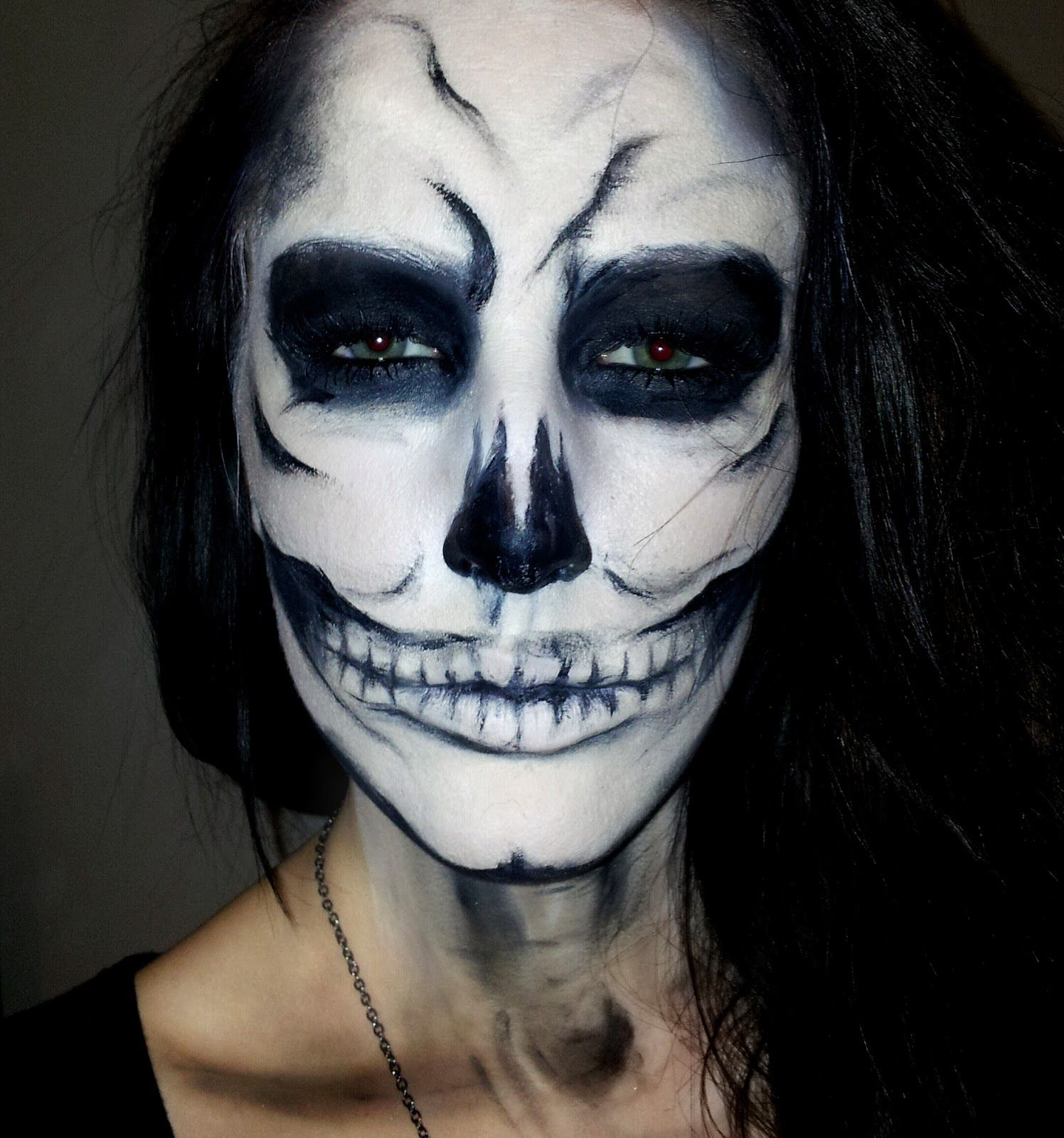 how to face paint dead face halloween next up is the zombie look - Female Halloween Face Painting