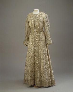 Costume worn by Zenaida Yusupov at the fancy ball of 1903 (Winter Palace).