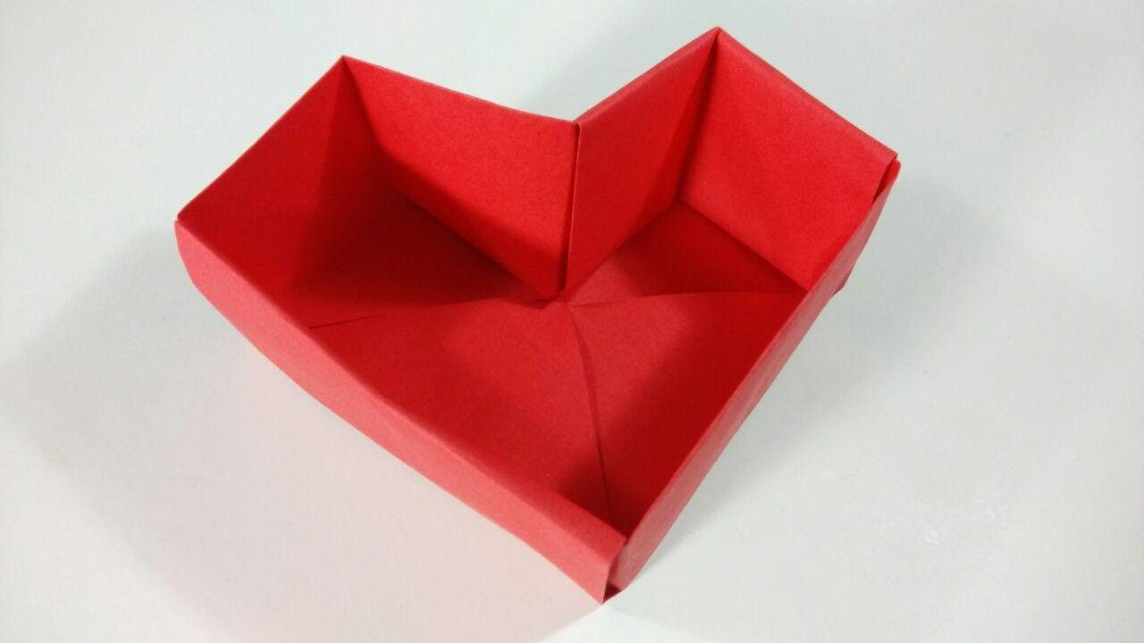 How To Make An Origami Heart Box Super Easy In 2020