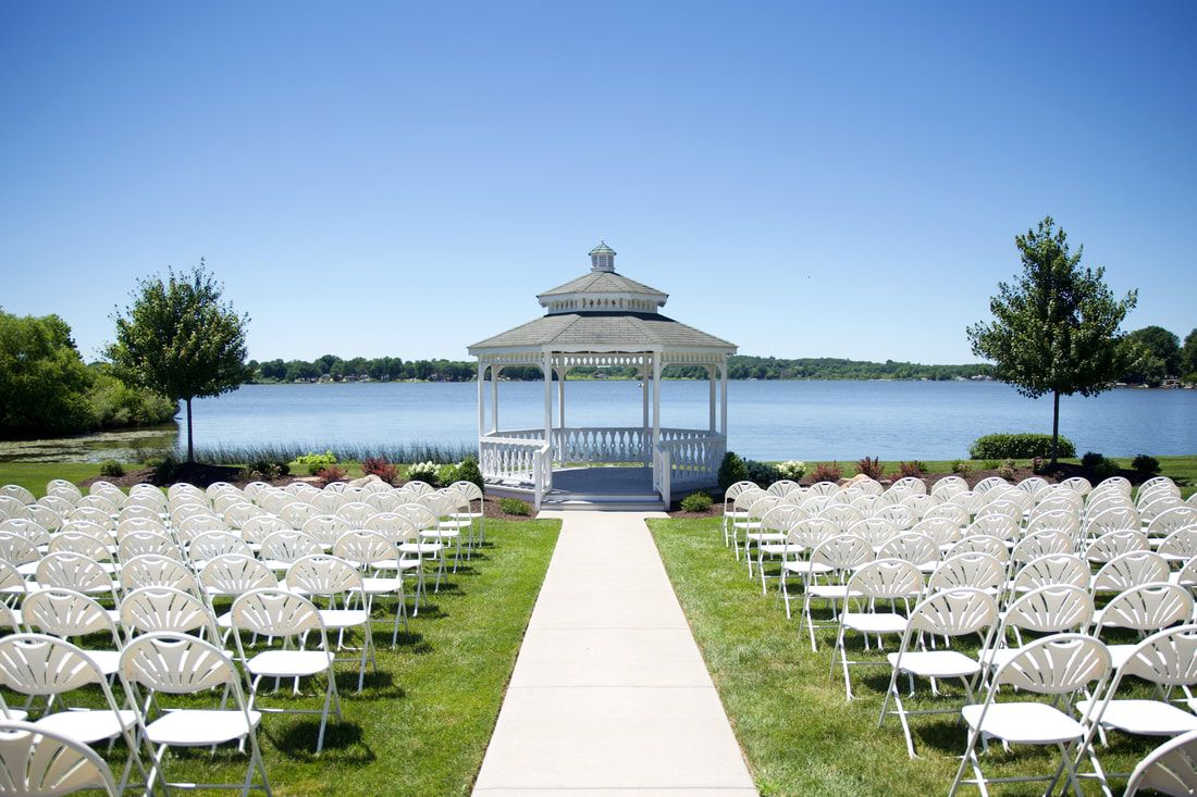 Ceremony Area With Gazebo Overlooking Lake At Akron Springlake Party Center Wedding In Lakemore Ohio Ohio Wedding Venues Outdoor Ceremony Bridal Party