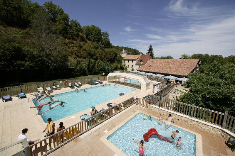 Camping Frankrijk Dordogne - ᐃ LES PENEYRALS ***** - Perigord Geen