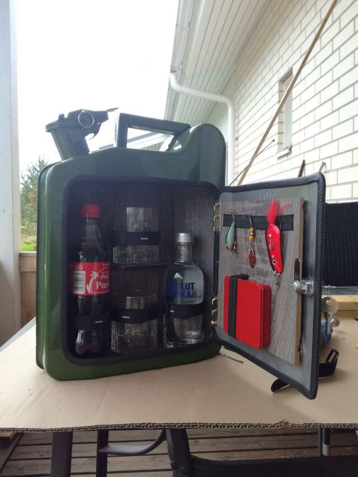 Jerrycan Minibar In 2019 Jerry Can Bar Kanister Bar