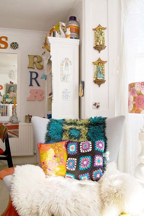 Apartment, kitsch, retro and colourful home design. Love this ...