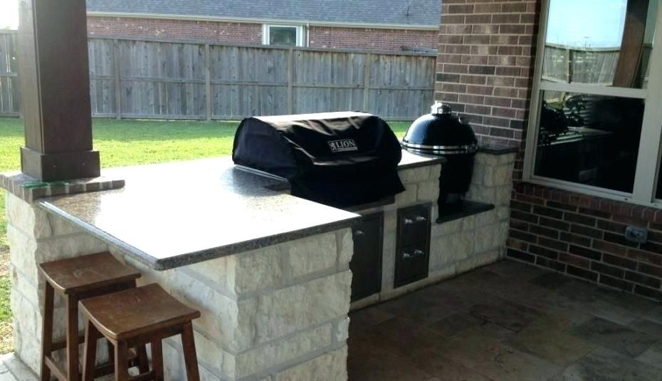 15 Outdoor Kitchen Ideas With Charcoal Grill Outdoor Kitchen Grill Outdoor Grill Island Diy Outdoor Kitchen