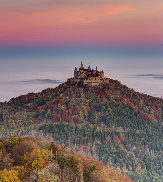 Orte Die Im Herbst Am Schonsten Sind In 2020 Monument Valley Reisen Reise Inspiration