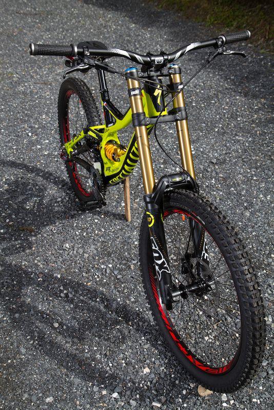 specialized demo 7 8 et 9 downhill bike pinterest. Black Bedroom Furniture Sets. Home Design Ideas