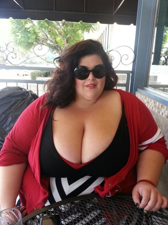 Black ssbbw with glasses