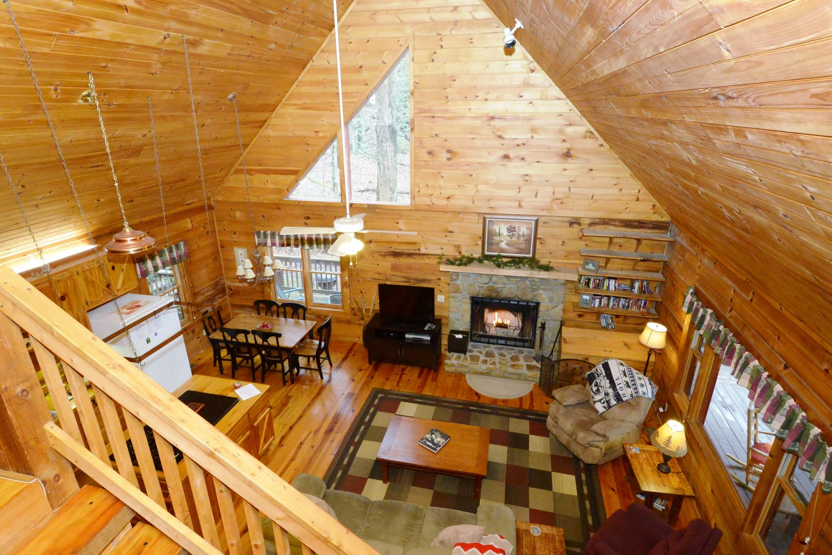 valley cabin cabins hotel log of com us booking gallery rentals this property vacation maggie misty nc home image creek