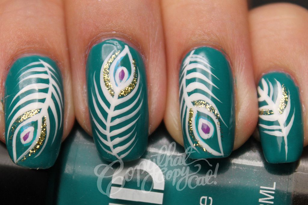 Incredible White Peacock Feather Striped Motif In Dark Turquoise Nail Art Color