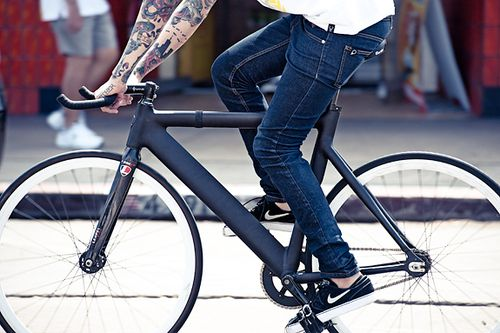 Pin By Krysta Willnow On Tattoos Bici Fixie Bici Ciclismo