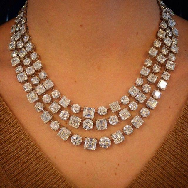 How stunning Is this Graff diamond necklace regram from @christiesjewels  #jewelryjournal