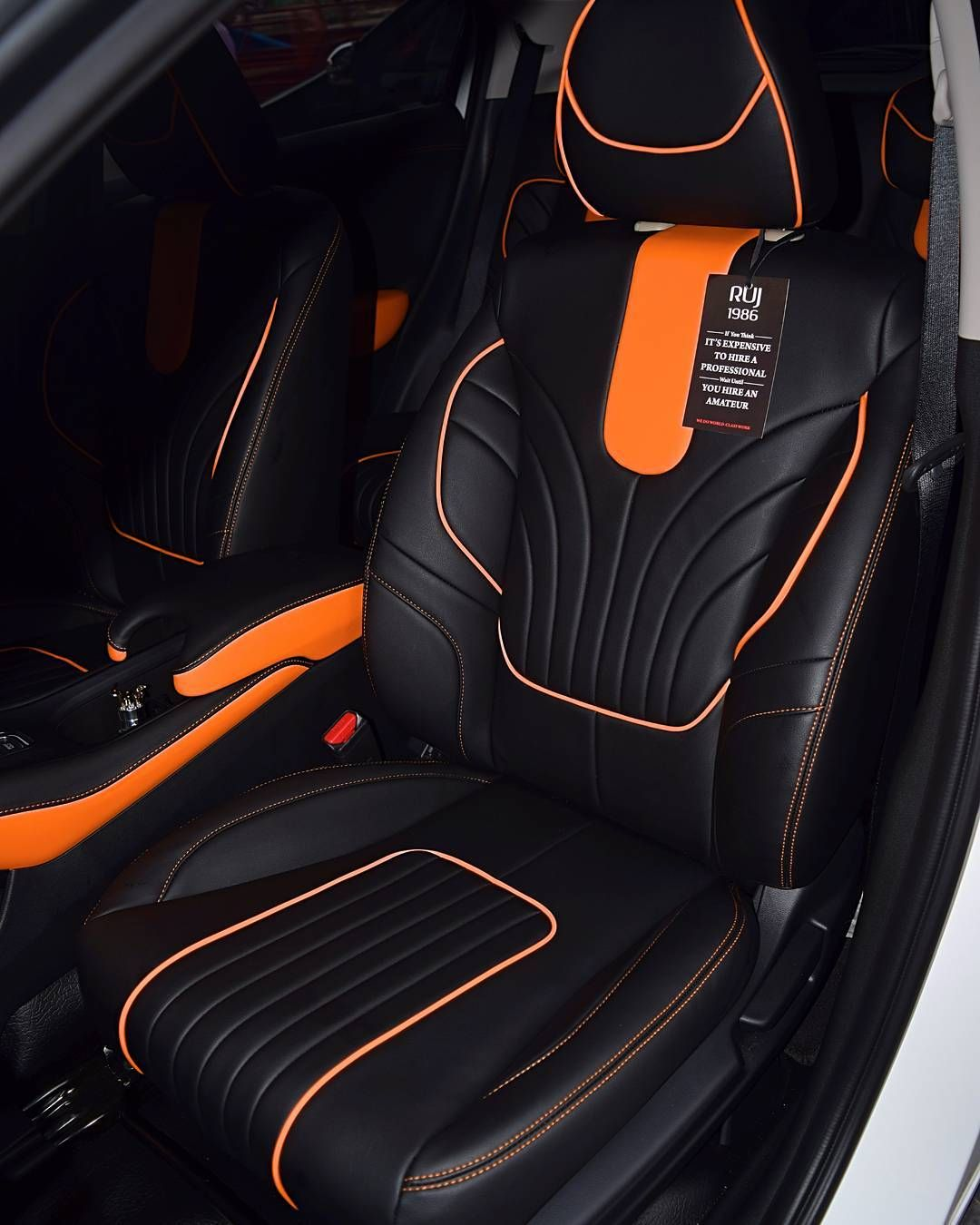 honda hr v full interior using lederlux synthetic leather orange and black auto addiction. Black Bedroom Furniture Sets. Home Design Ideas