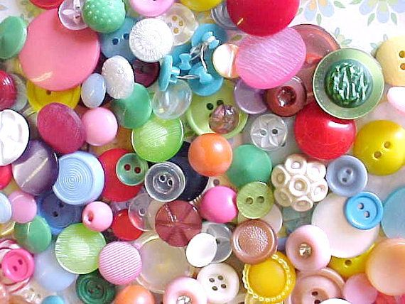 HaPpY DaNcE Button Party Early Vintage Plastics by nickelnotions