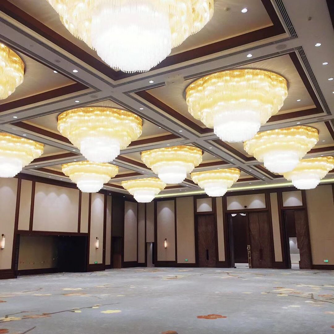 Today We Are In Suzhou Xiexin Shangrila Banquet Hall Was Installed 1000sqm Car Carpetinstallation Carpetsolutions Carpet Installation Banquet Suzhou