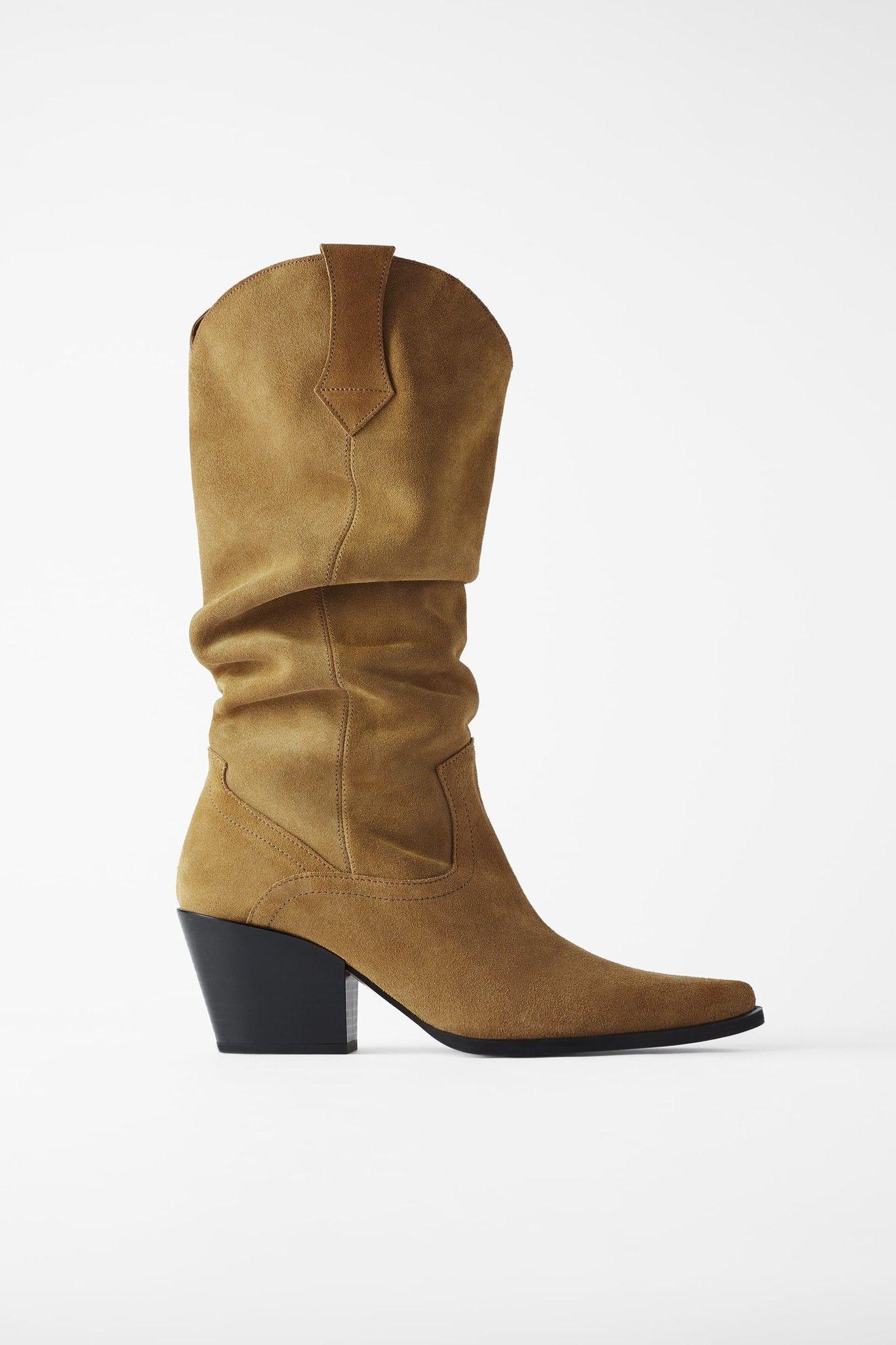 13 botas (y botines) cowboy de Zara perfectos para pisar la