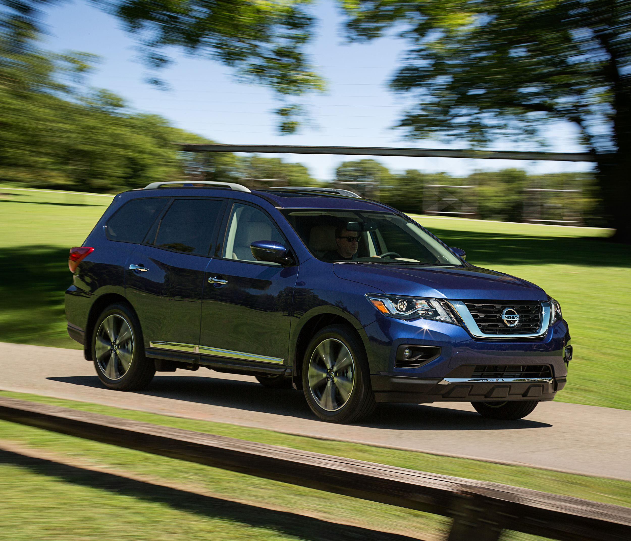 Nissan Pathfinder Prices Go Up A Bit For 2020 Nissan Pathfinder Nissan Pathfinder Reviews Nissan