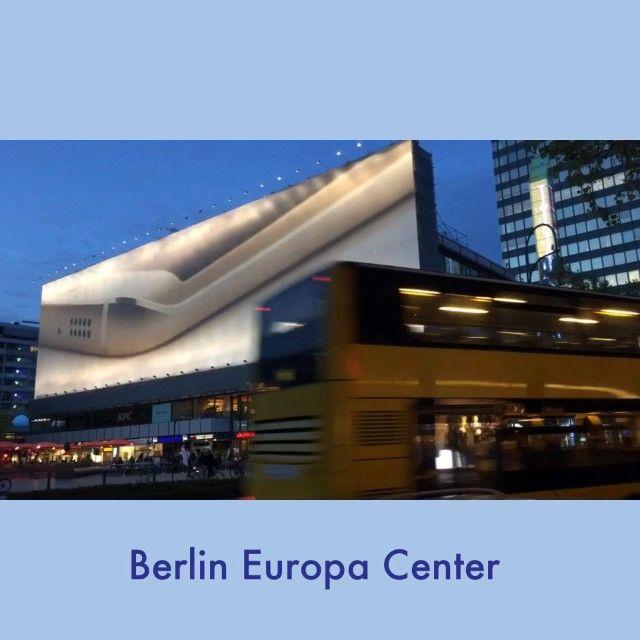 #berlin #kudamm #europacenter #shopping #spring #street #lastnight #instaberlin #instacool #city #hauptstadt #instavideo #shoppingcenter #bus #bvg #samsung #werbung #hyperlapse