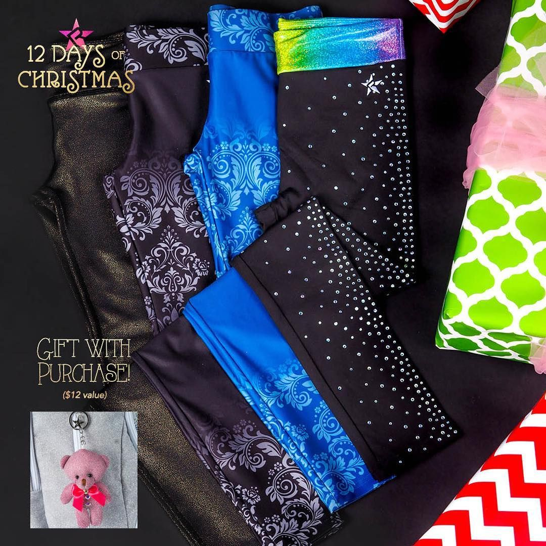 Free Gift With Purchase Christmas 2020 10th Day of Christmas 🎄!!! 15% OFF all leggings and capris
