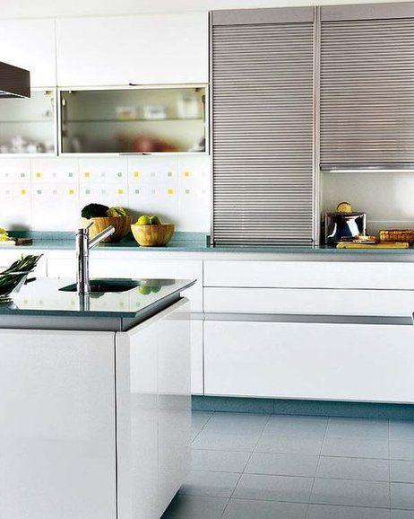 Blanca con toques turquesa | muebles de cocina | Kitchen shutters ...