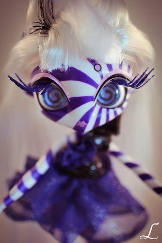 Bambole E Accessori Lovely Novi Stars Doll Bambola Mae Tallick Alien Original Monster Altro Bambole