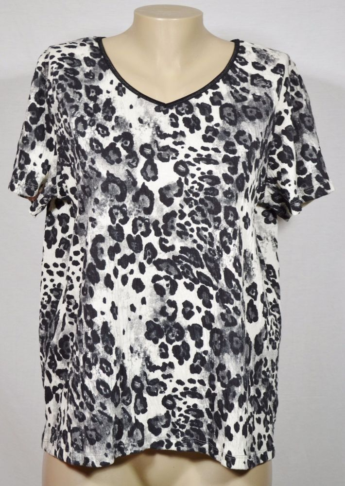 0c5f675001c WHITE STAG Black White Gray Animal Print Textured V Neck Top Large Short  Sleeves #WhiteStag #Top #Casual
