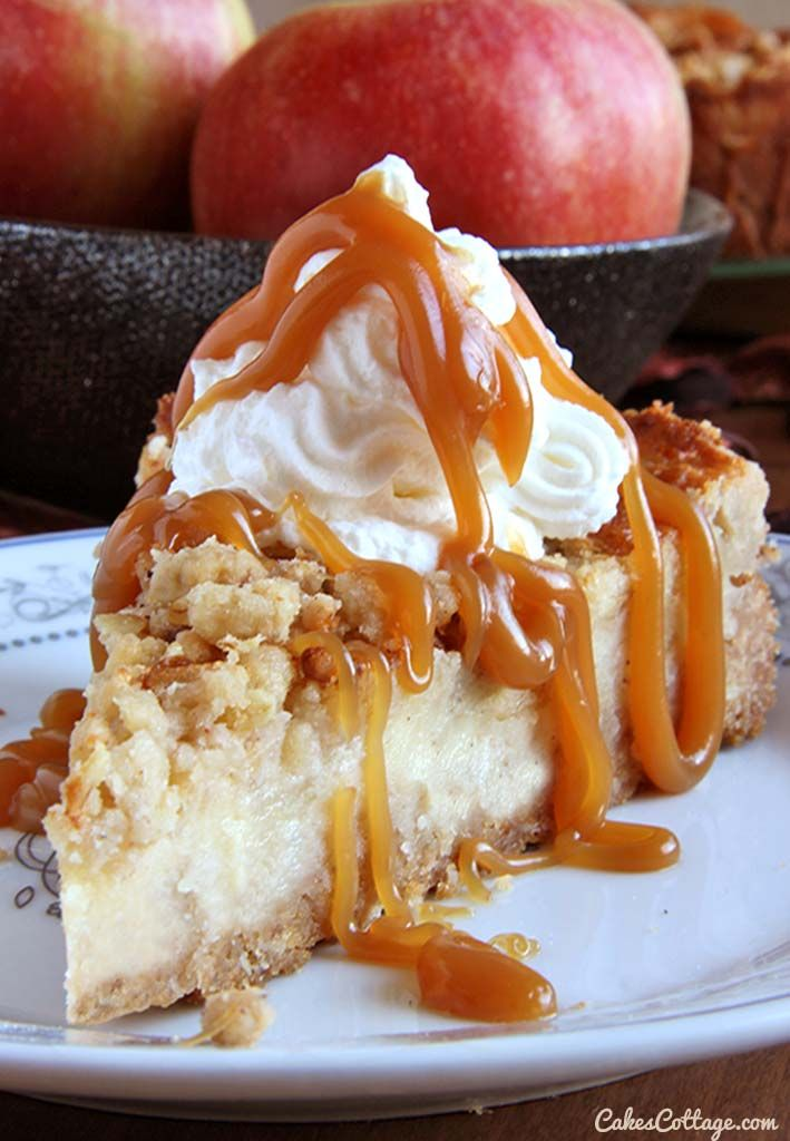 Caramel Apple Crisp Cheesecake #caramelapples