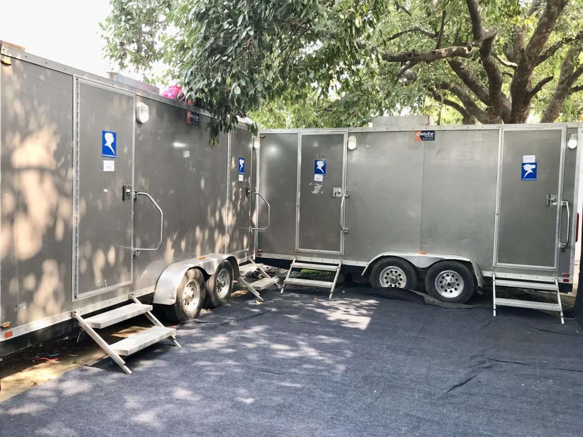 Portable Bathroom Rental Service Portable Bathroom For Rent