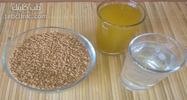 3 مكونات للحصول على فوائد زيت الحلبة لتكبير المؤخرة Condiments Food Salt