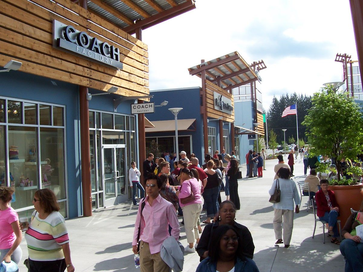 dbfe7364f856cd Seattle Premium Outlet in Tulalip. 110 outlet stores...oh god ...