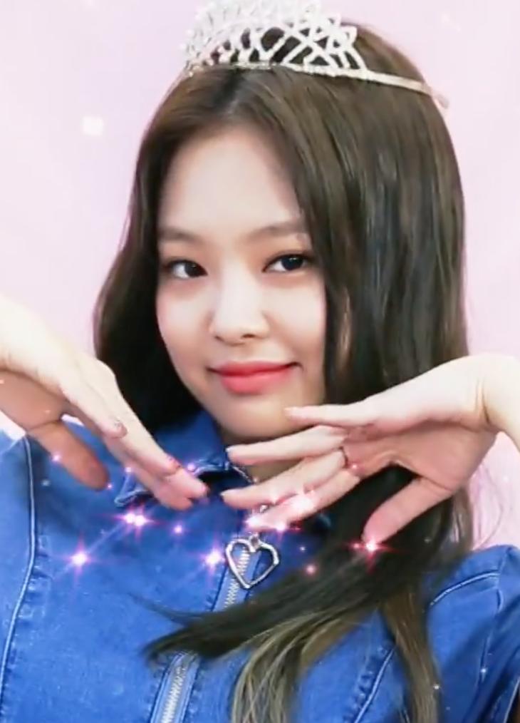 Yoy Coyld Ve My Only ѕtar Yoy Coyld Ve Tne Moonlignt ɑcucaʀ Blackpink Jennie Kpop Girl Groups Blackpink