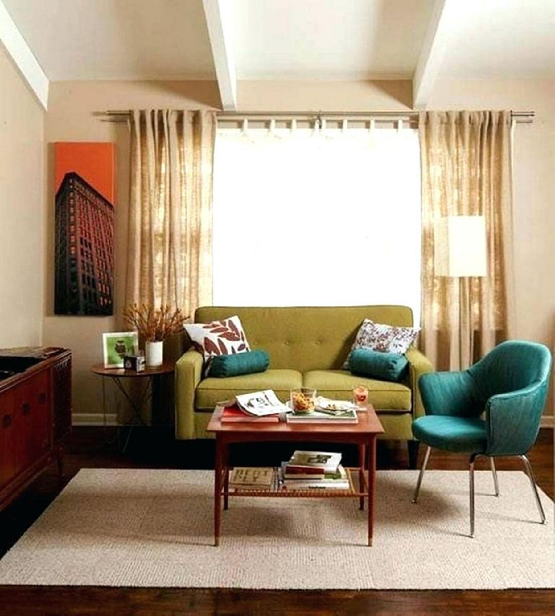 15 Awesome Living Room Decoration Ideas With Attractive Retro Style For Your Inspiration Retro Living Rooms Living Room Color Schemes Retro Modern Living Room #retro #modern #living #room